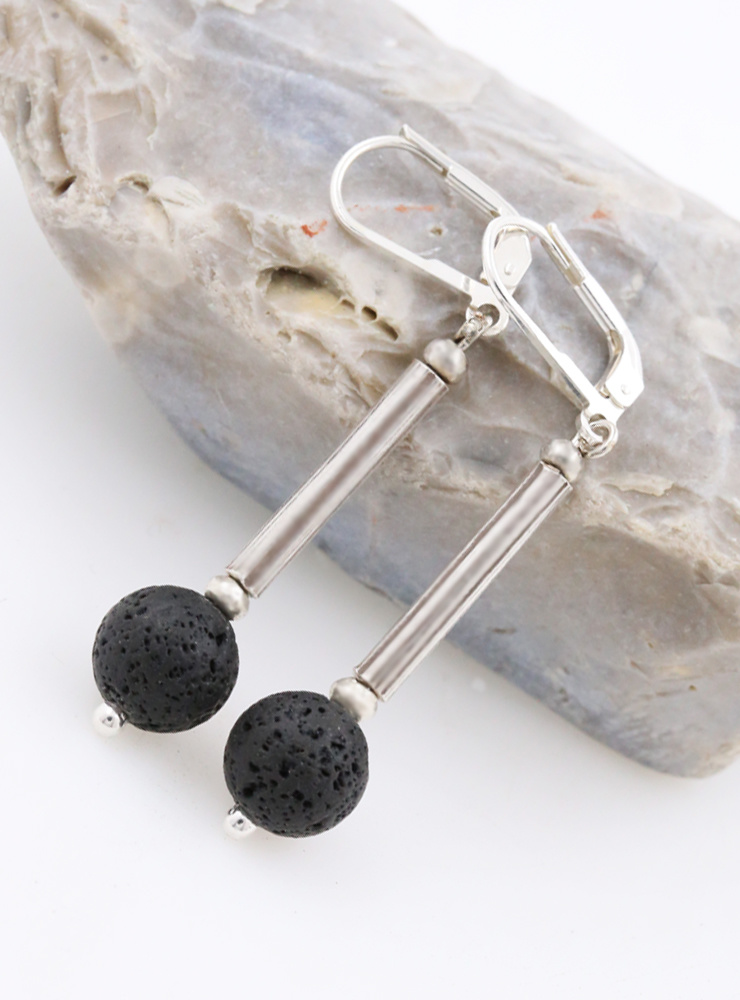 Ohrringe aus Lava und Silber