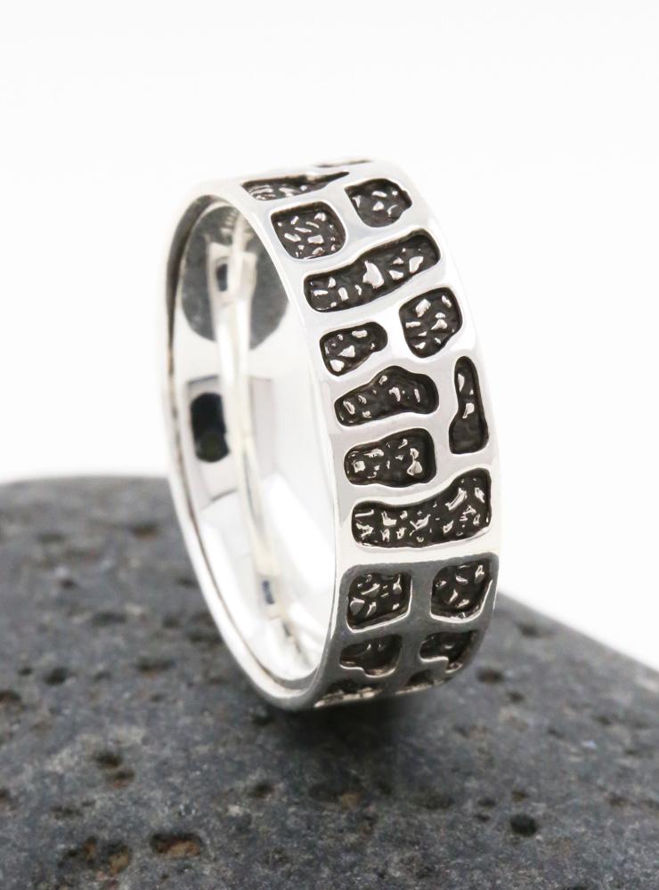 Camouflage: Partnerring aus 925er Silber