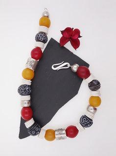 Halskette Bakelit, Keramik, Straußeneierschale, Glas, Silber