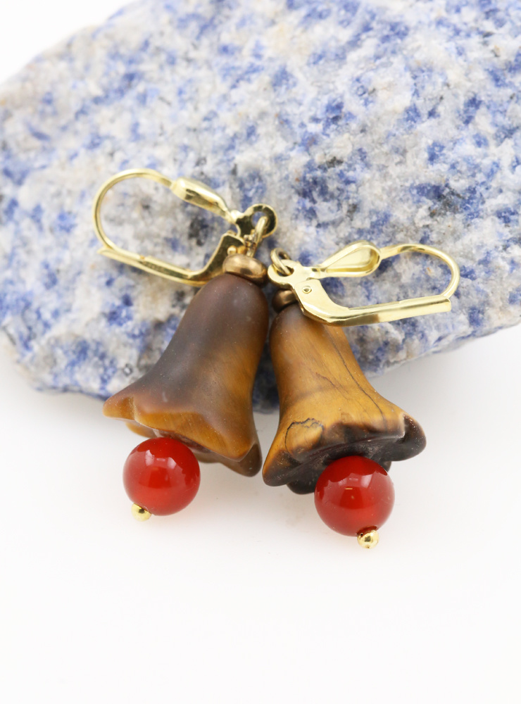 Ohrringe aus Tigerauge, Carneol Messing und vergoldetem Silber