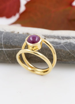 Ring Elegance Gold Rubin