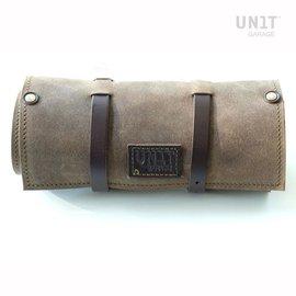 Unitgarage Tasche/Rolle aus gewachstem Wildleder