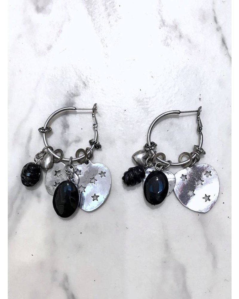 Star Heart & Black Stones Earrings - Silver