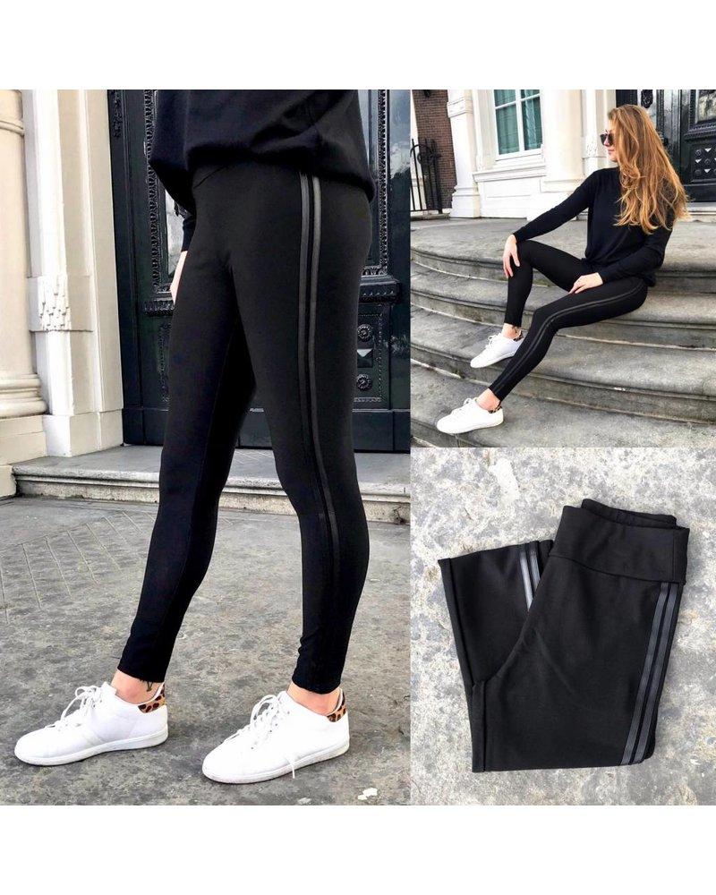 Black Striped Legging