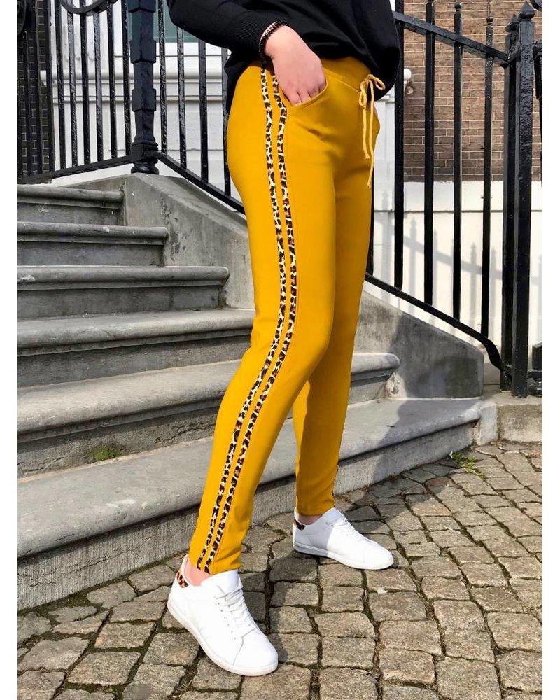 Leopard Striped Jogging - Oker
