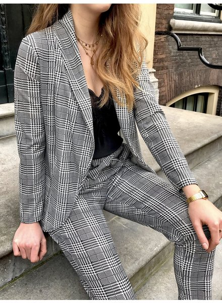 Checkered Summer Suit - Black/White
