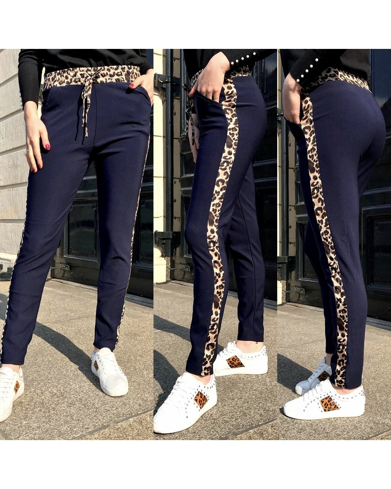 Perfect Leopard Striped Jogging- Navy