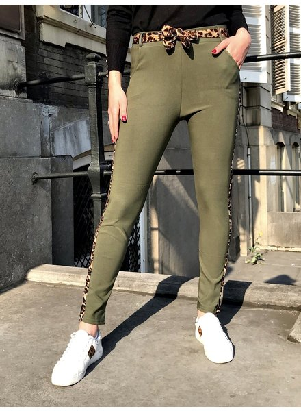 Fancy Leopard Strik Pants - Army Green