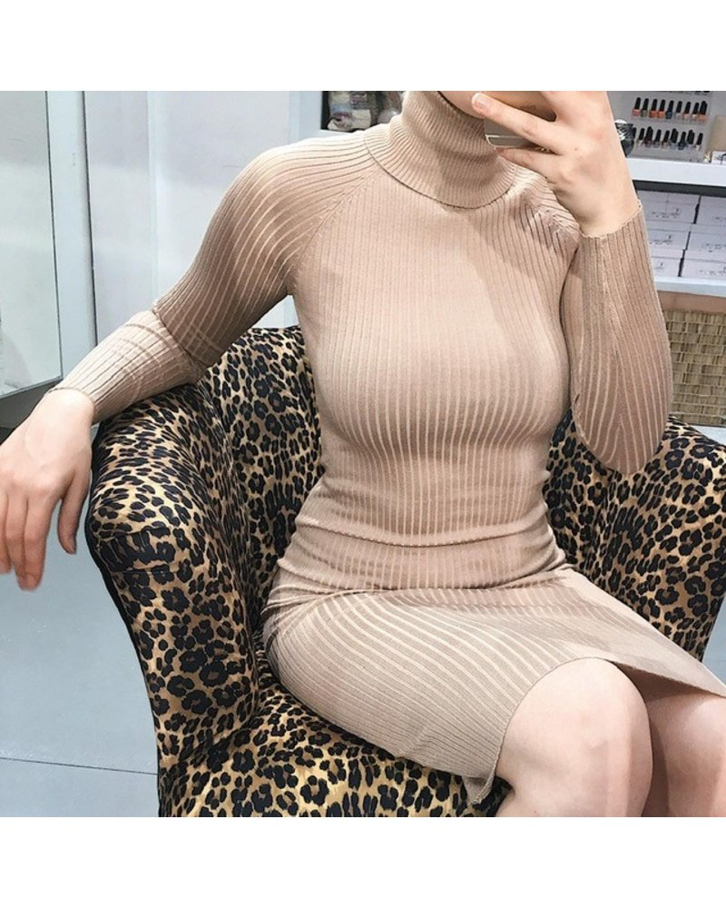 Pretty Col Dress - Beige