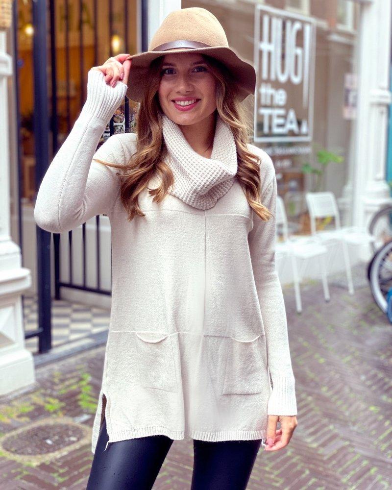 Cozy Col Sweater - Beige