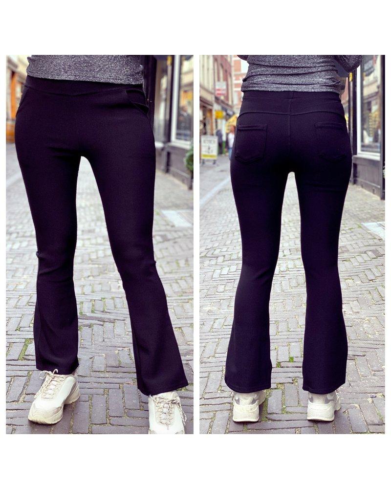 Pretty Flare Pants - Black