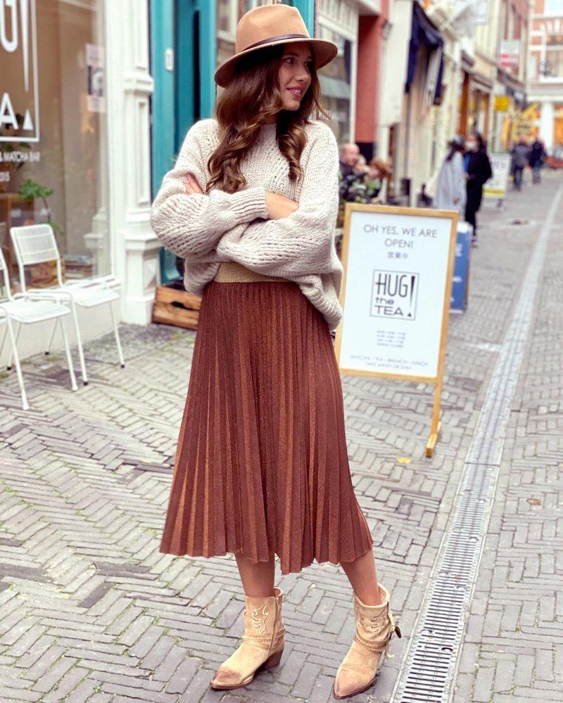 Sparkle Plissé Skirt - Camel Gold