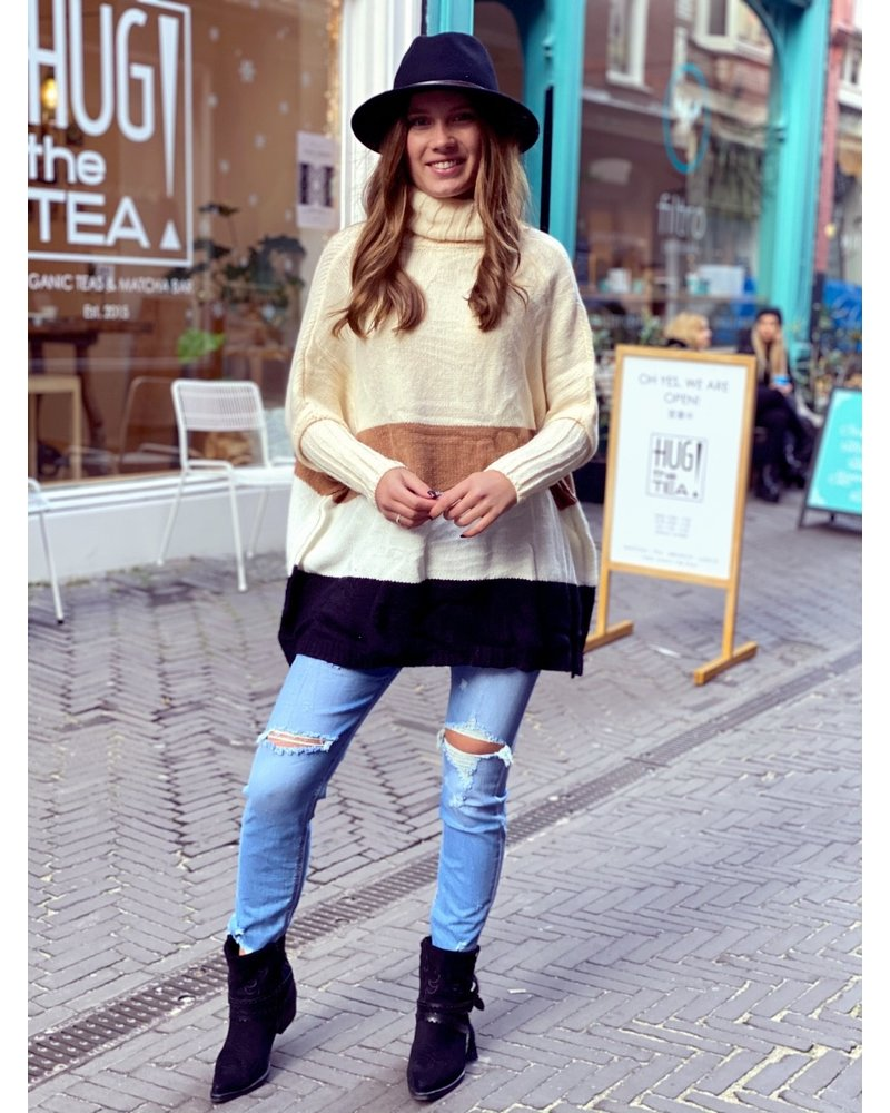 Oversized Col Sweater - Beige / Brown