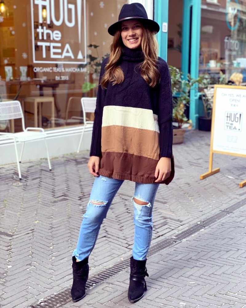 Oversized Col Sweater - Black / Brown