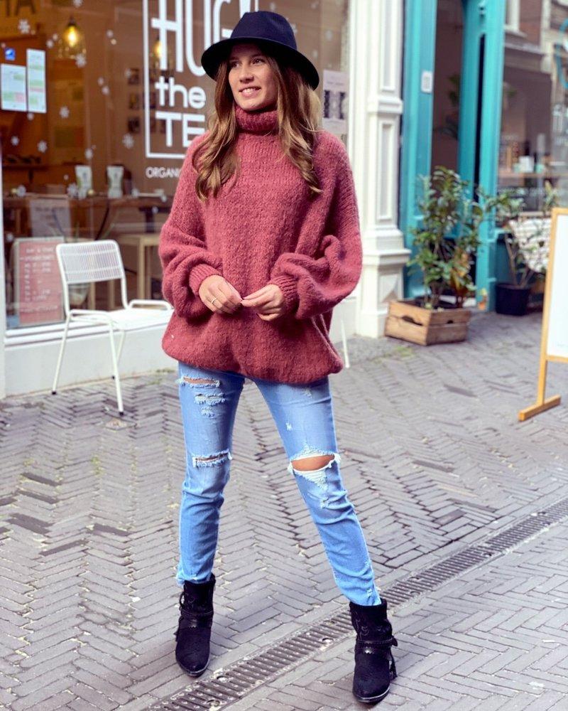 Cozy Col Sweater - Raspberry