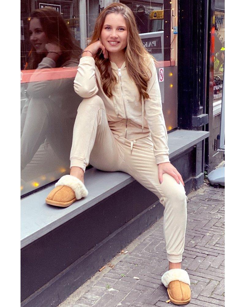 Jill Velvet Suit - Beige