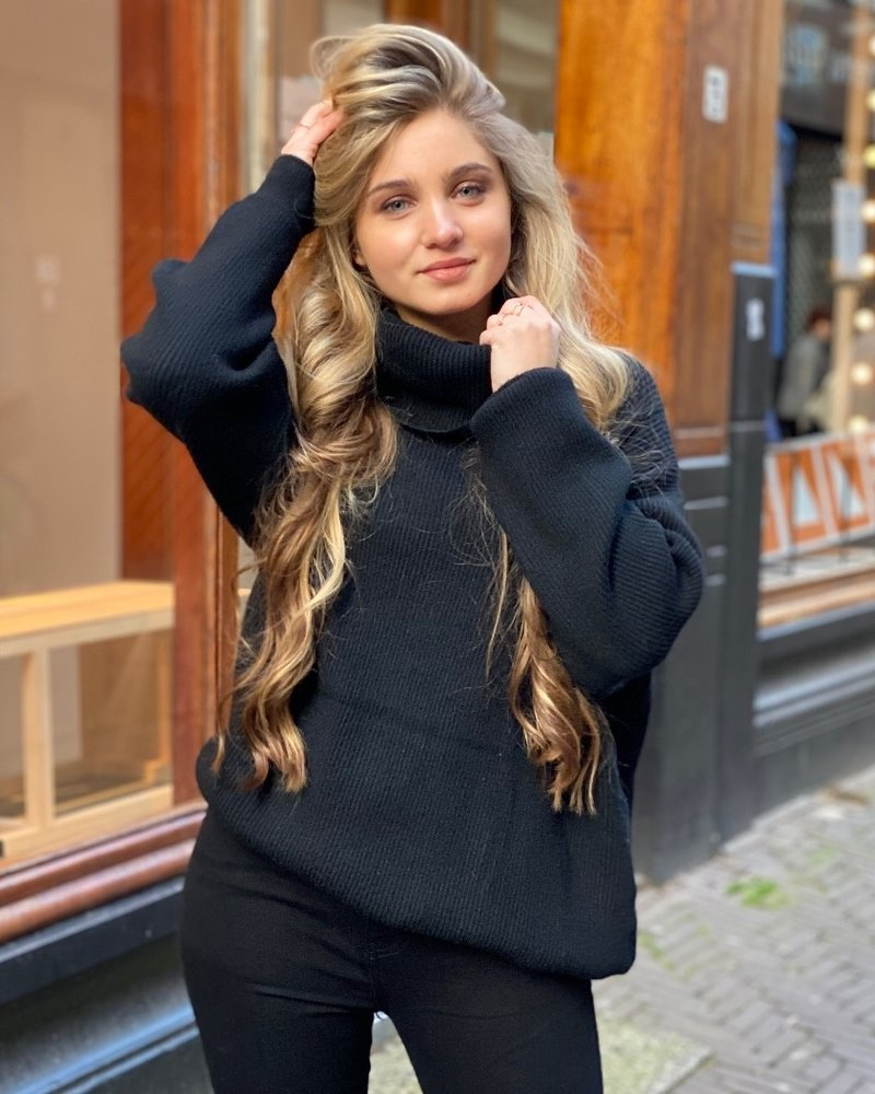 Oversized Col Sweater - Black