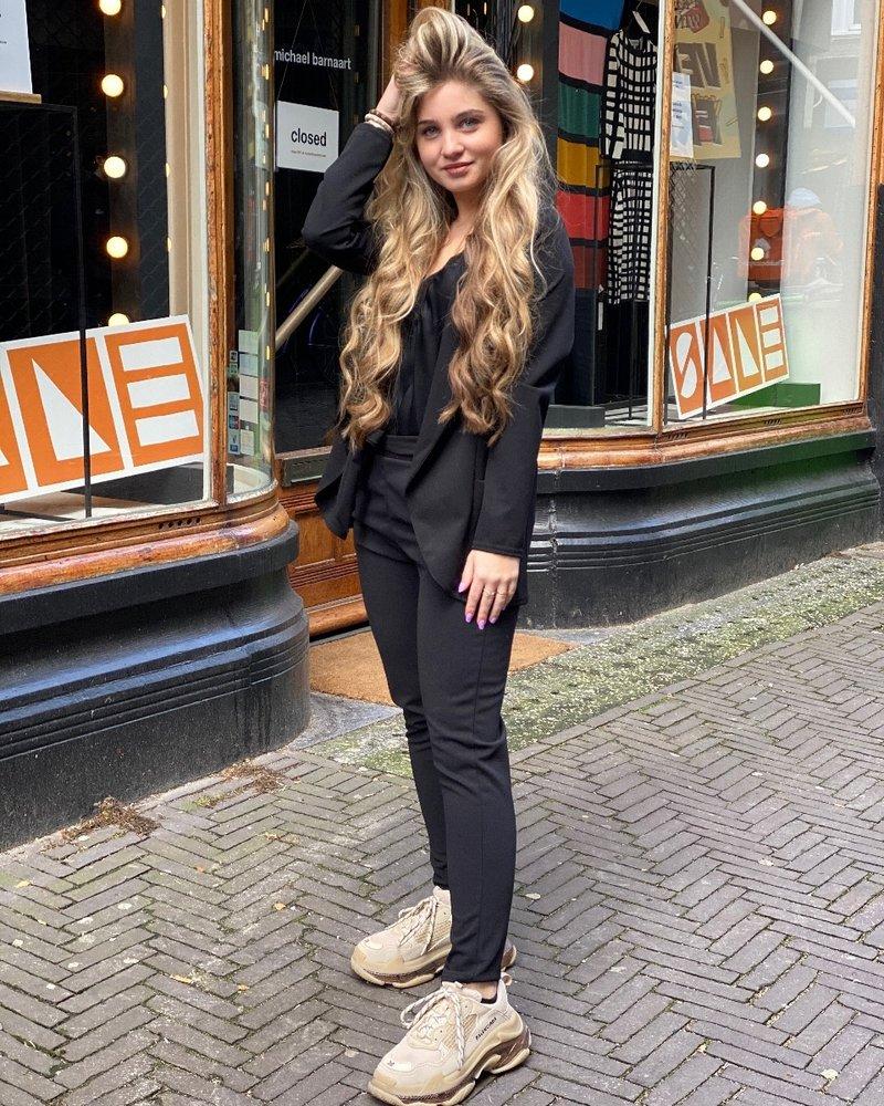 Sara Suit - Black