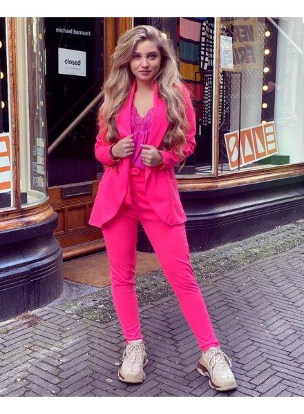 Sara Suit - Neon Pink