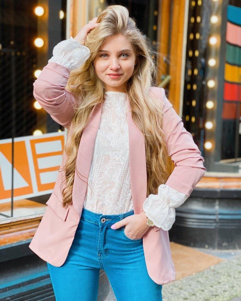 Skylar Blazer - Light Pink