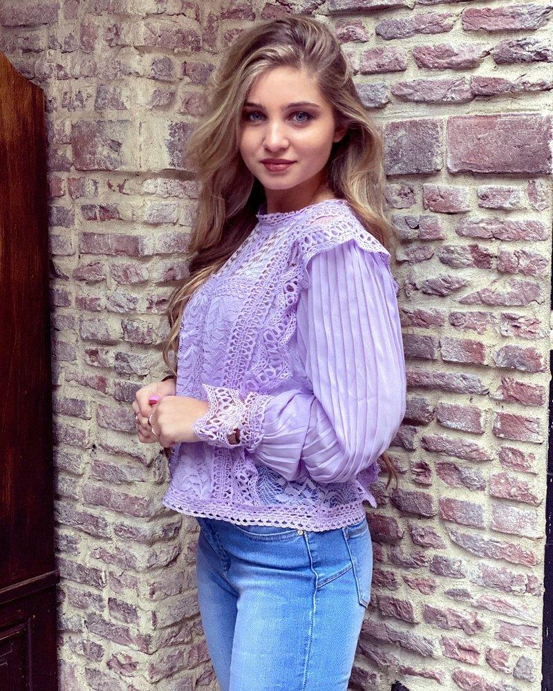 Pamela Plissé Blouse - Lilac
