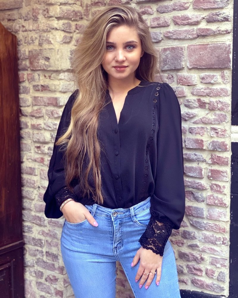 Felicia Lace Blouse - Black