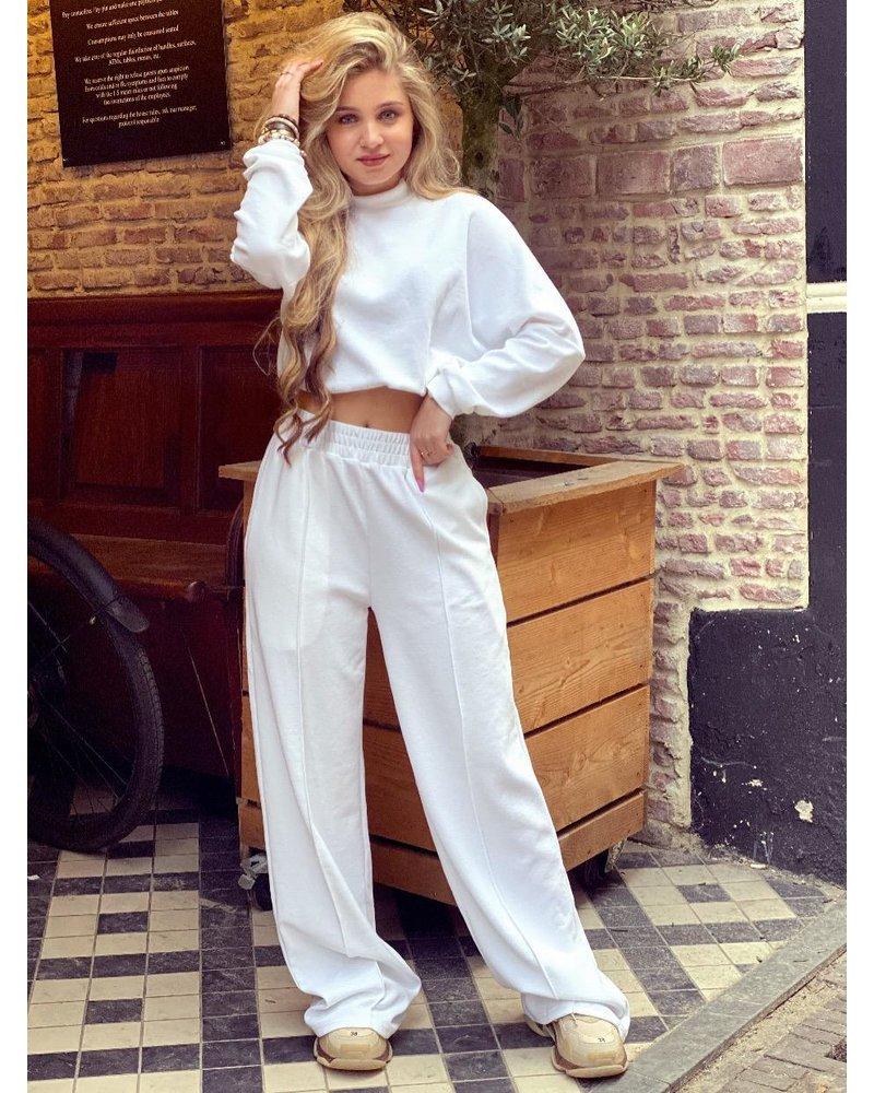 Carlijn Cropped Set - White