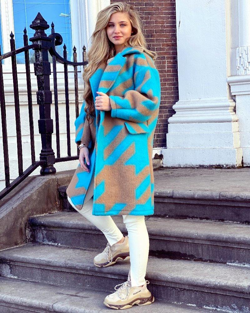 Feline Houndstooth Coat - Blue Camel