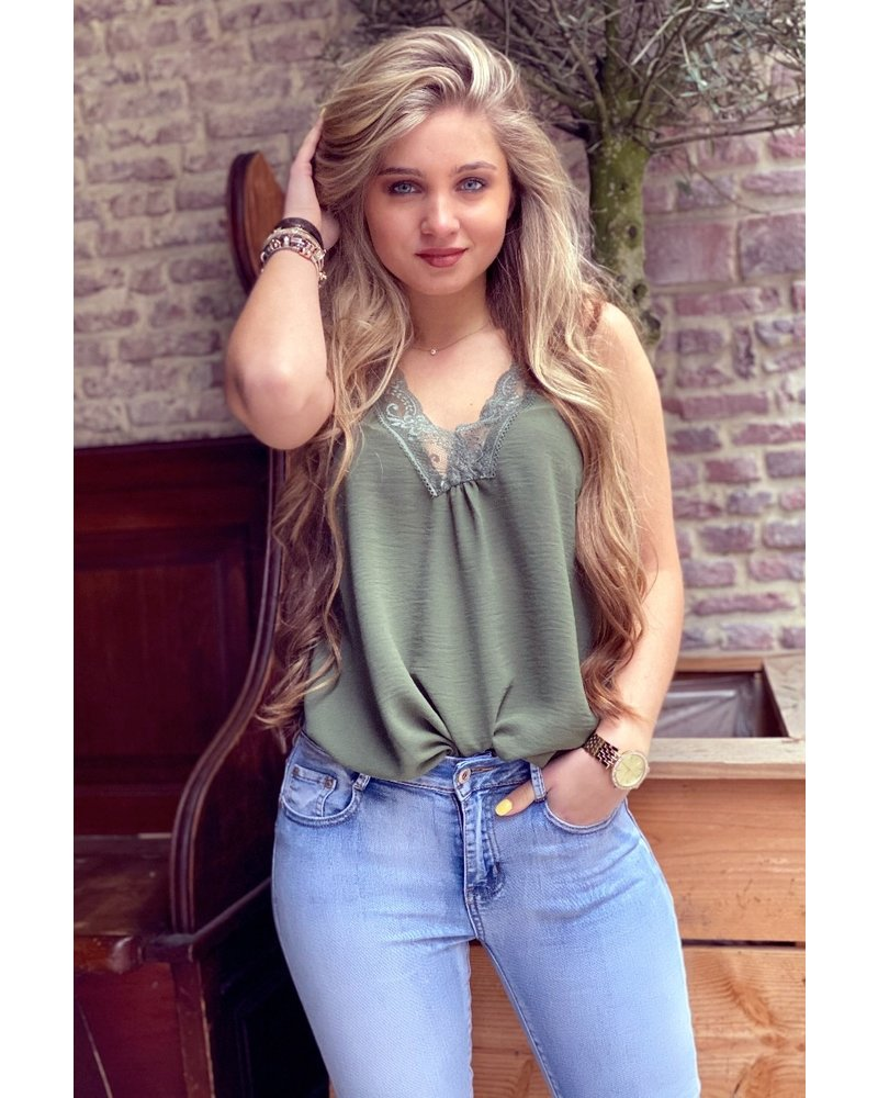 Evy Lace Top - Army Green