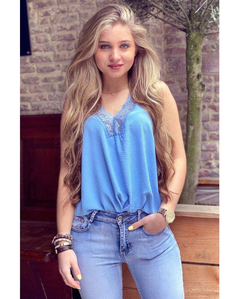 Evy Lace Top - Light Blue