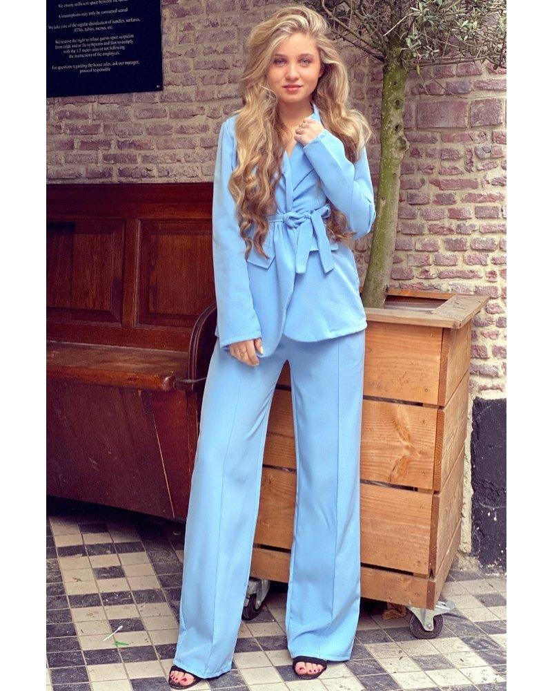 Suzy Suit - Light Blue