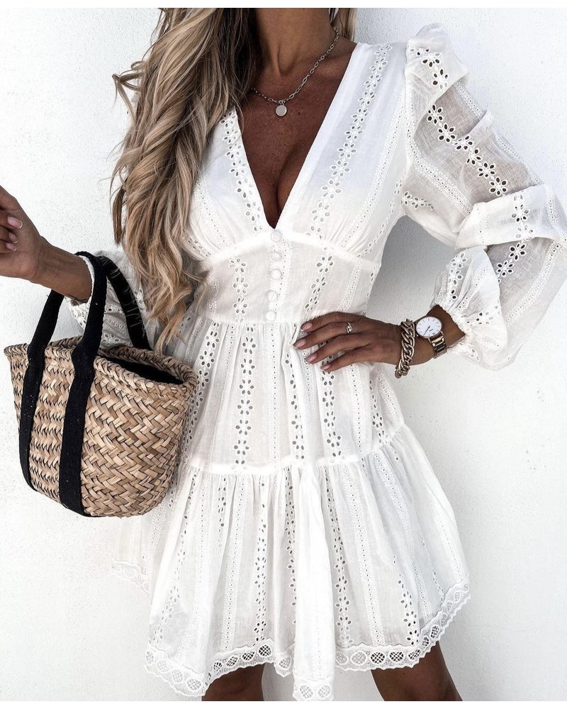 Perfect Summer Broderie Dress - White