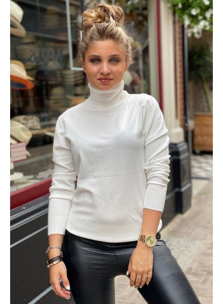 Fabulous Col Sweater - White