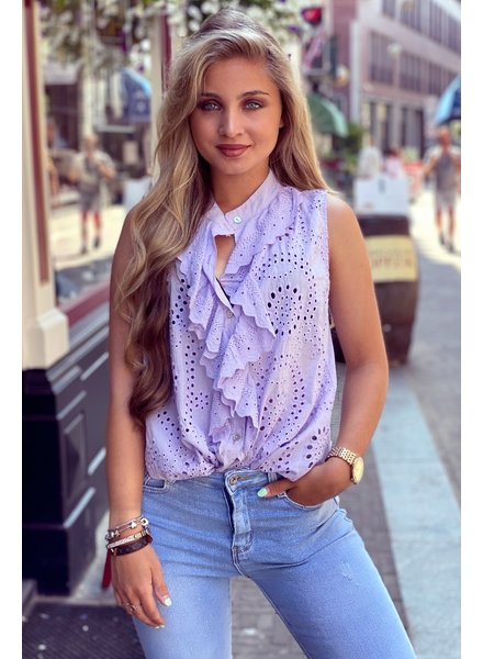 Hannah Broderie Top - Lilac