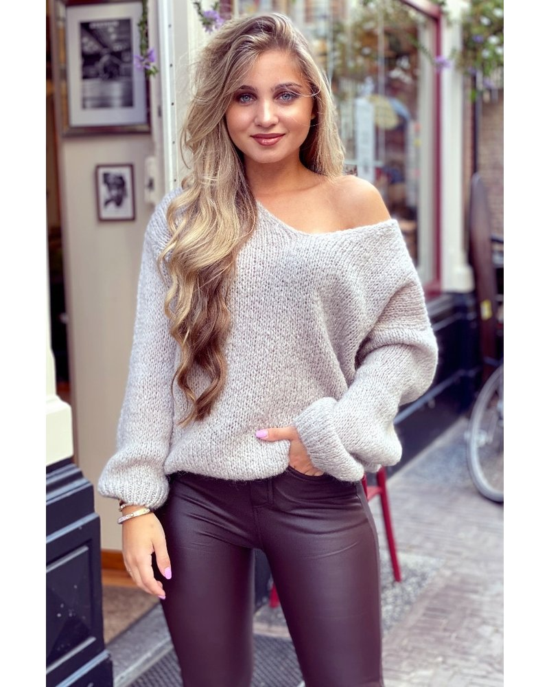 Cozy Knitted Sweater - Beige