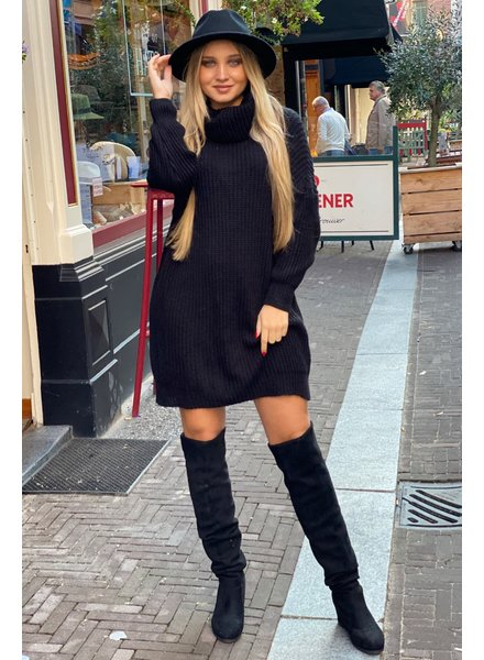Knitted Col Dress - Black