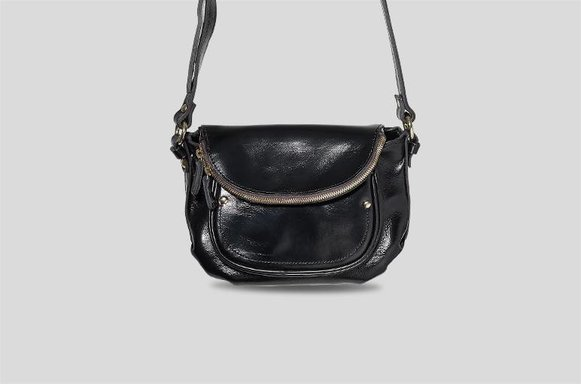 Schwarze Saddle Bag