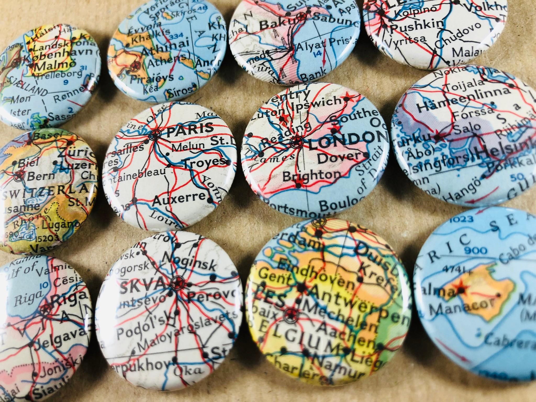 Kobenhavn, Athens, Baku, Pushkin, Paris, London, Helsinki, Riga, Antwerpen, magnet buttons