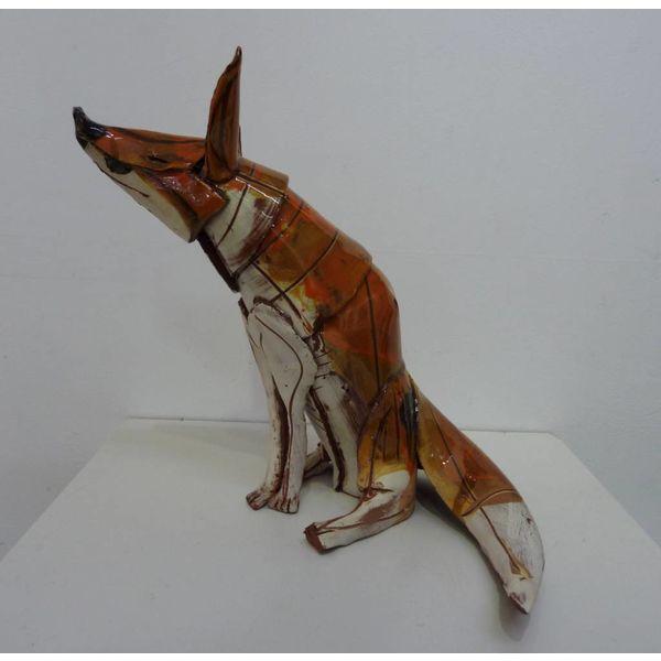 Sitting Fox 1 front ceramic