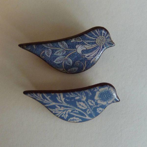 Cobalt blue bird  brooch