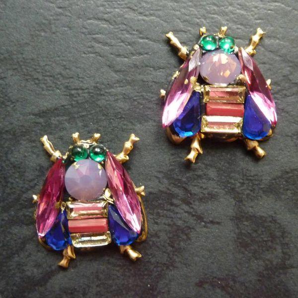 Copy of Vintage  purple wing bee  Stud earrings crystal assemblage