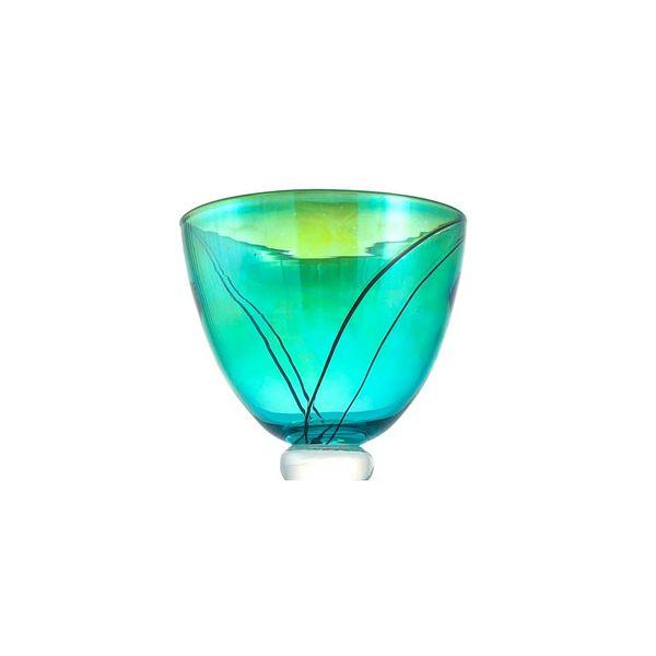 Translucent grüne Schüssel