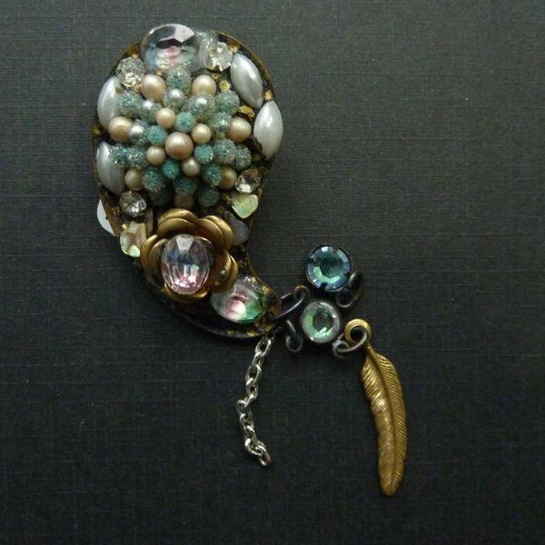 Vintage Paisley  blue brooch crystal