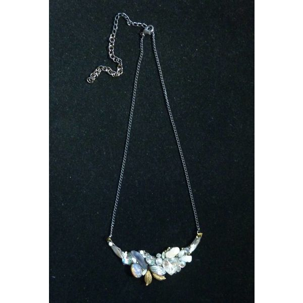 Vintage Quartz Necklace with leaf crystal assemblage