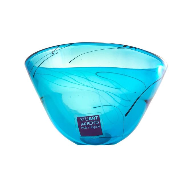 Eliptical glass bowl