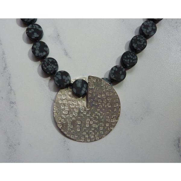 Collar de plata y copo de nieve Obsidian Flip