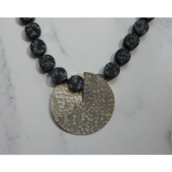 Silber und Schneeflocke Obsidian Flip Halskette