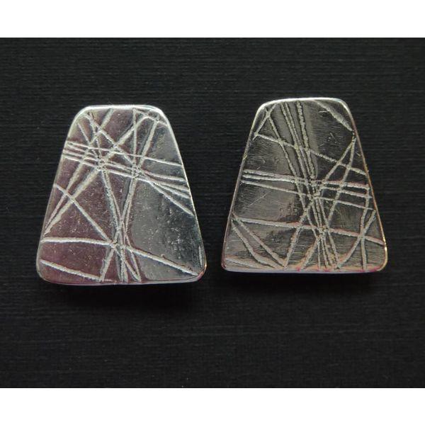 Pendientes de plata con forma de perno prisionero