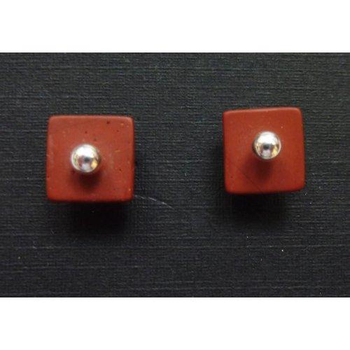 Angela Learoyd Pendientes de jaspe rojo y plata desmontables