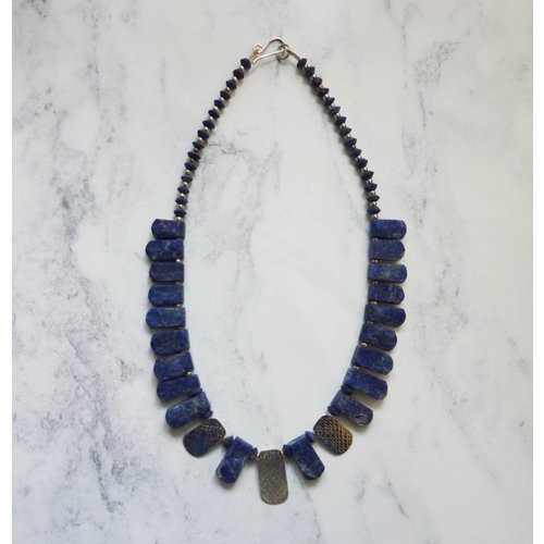 Angela Learoyd Lapis and 3 silver accents collar necklace